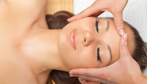 all-about-skin-palm-springs-service_skin-facials